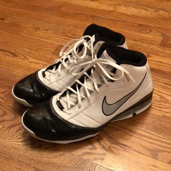 Nike Air Max Turnaround Basketball Shoes